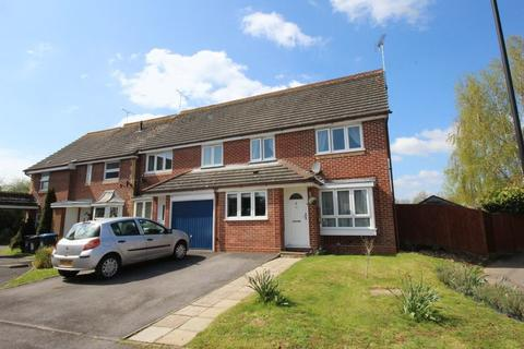 4 bedroom end of terrace house for sale - The Brooks, Burgess Hill