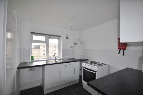 2 bedroom flat to rent - Princess Elizabeth Way, Cheltenham