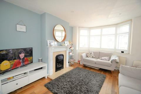 3 bedroom semi-detached house to rent - Hillside Drive, Manchester