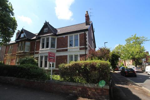 2 bedroom apartment for sale - Queens Road, Cheltenham