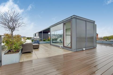 4 bedroom penthouse to rent - Hirst Court, Grosvenor Waterside, 30 Gatliff Road, London, SW1W