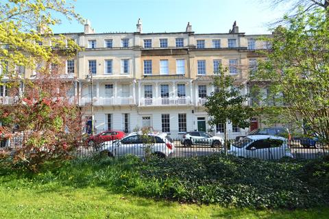 2 bedroom apartment for sale - Caledonia Place, Clifton, Bristol