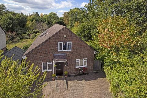 5 bedroom detached house for sale - Woodfield Avenue, Hildenborough