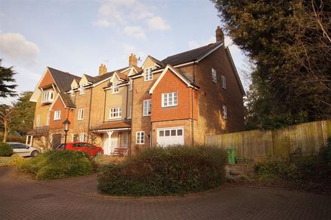 4 bedroom house to rent - Prestbury GL52 3BY
