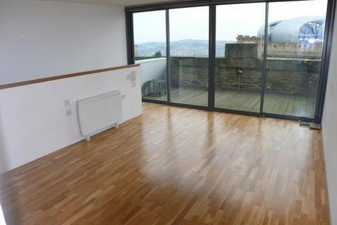 2 bedroom flat to rent - Lister Mills, Bradford
