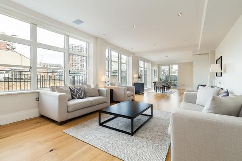 3 bedroom apartment to rent - Stukeley Street, Covent Garden