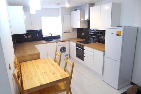 4 bedroom terraced house to rent - Langton Road, Wavertree, Liverpool