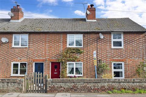 2 bedroom terraced house for sale - Heath Road, East Farleigh, Maidstone, Kent