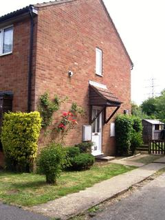 2 bedroom semi-detached house to rent - Bassett Close, CB4