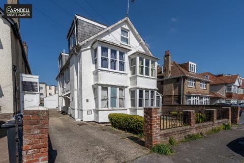2 bedroom flat for sale - Stocker Road, Bognor Regis, West Sussex. PO21 2QF