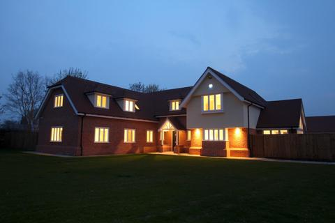 5 bedroom detached house for sale - Great Tey Road, Little Tey, West of Colchester