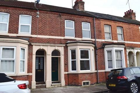 3 bedroom terraced house to rent - Loyd Road, Abington, Northampton, NN1 5JA
