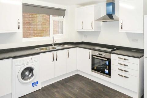 2 bedroom flat to rent - Colina Close, Coventry, CV3 3EG