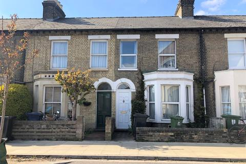 2 bedroom terraced house to rent - Tenison Road, Cambridge