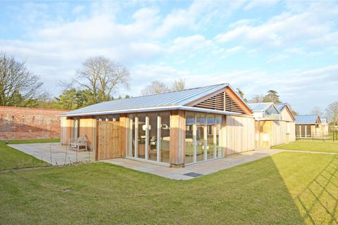 4 bedroom detached bungalow for sale - The Walled Garden, Suffolk