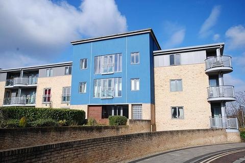 2 bedroom apartment for sale - Fairway Court, Gateshead