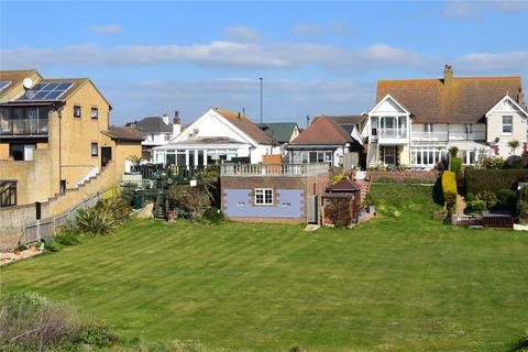 3 bedroom bungalow for sale - Brighton Road, Lancing, West Sussex, BN15