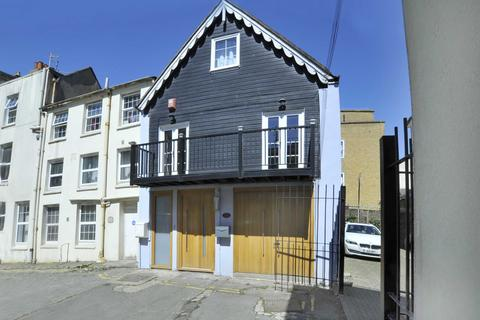 3 bedroom house for sale - Middle Street, Brighton, BN1