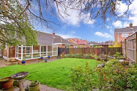 2 bedroom semi-detached bungalow for sale - Neal Road, West Kingsdown, Sevenoaks, Kent