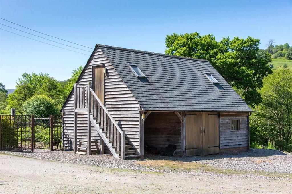 Oak Barn