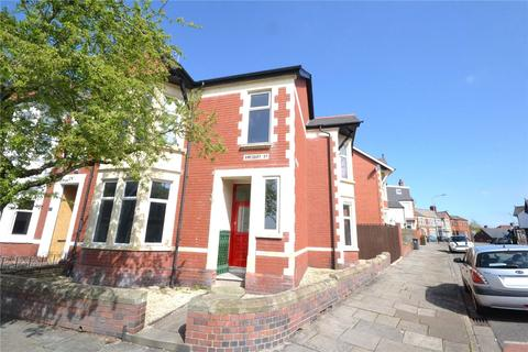 4 bedroom end of terrace house for sale - Amesbury Road, Penylan, Cardiff, CF23