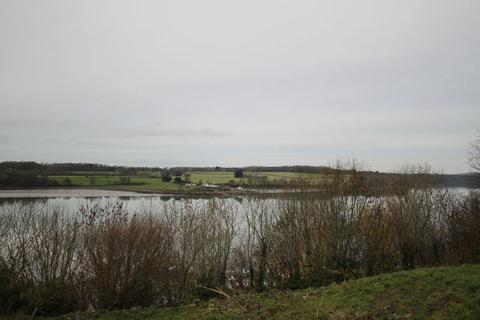 2 bedroom property with land for sale - Y Felinheli, Gwynedd