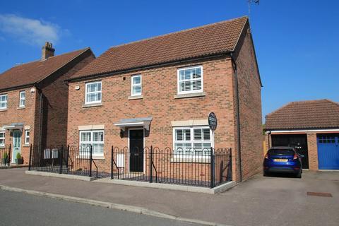 4 bedroom detached house for sale - Napier Road, Aylesbury