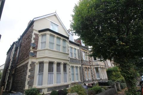Studio to rent - Blenheim Road, Redland, Bristol
