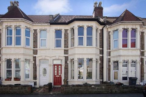 2 bedroom terraced house to rent - Leonard Road, Bristol