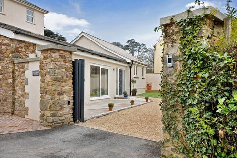 2 bedroom bungalow for sale - Bovey Tracey
