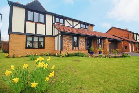 4 bedroom detached house for sale - Kelso Drive, Preston Grange, North Shields