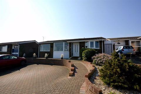 2 bedroom detached bungalow for sale - Staplehurst Avenue, Broadstairs, Kent