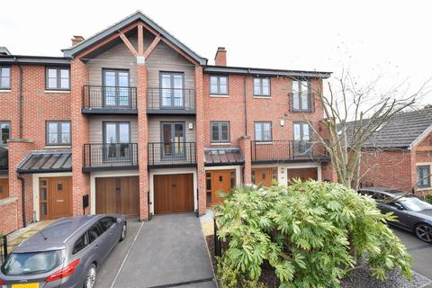 4 bedroom terraced house for sale - Deane Road, Wilford Place, Nottingham