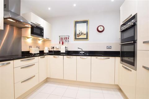 2 bedroom apartment for sale - Hardwicke Road, Reigate, Surrey