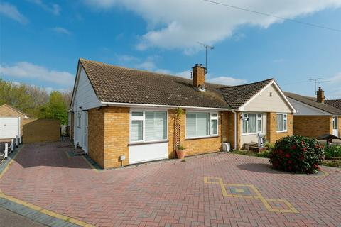 2 bedroom semi-detached bungalow for sale - Chaucer Avenue, Whitstable, Kent