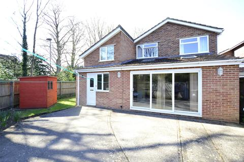 4 bedroom link detached house for sale - Farmers Close, WITNEY, Oxfordshire, OX28