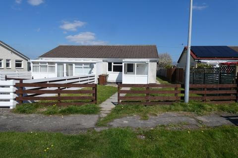 3 bedroom bungalow for sale - 70 Glan y Mor, Fairbourne, LL38 2LQ