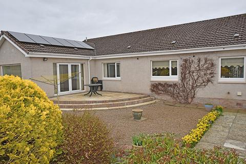 4 bedroom detached bungalow for sale - 4 Grampian View, Coupar Angus, Blairgowrie PH13