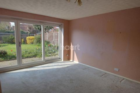 4 bedroom end of terrace house for sale - The Ridings, Chelmsford