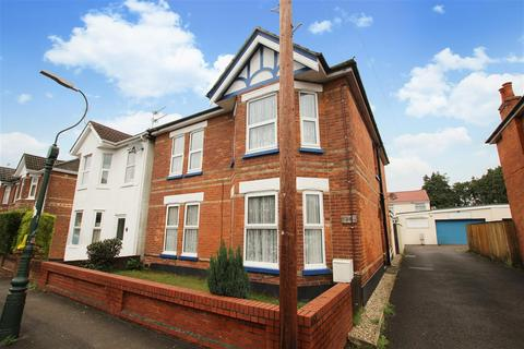 4 bedroom detached house to rent - Hankinson Road, Bournemouth