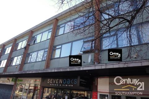 Studio to rent - |Ref: 33b|, London Road, SO15 2AD