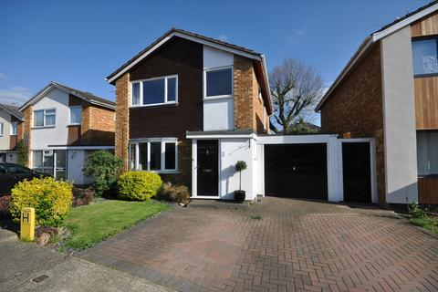 3 bedroom detached house for sale - St Michaels Road, Chelmsford