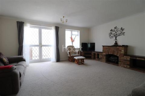 3 bedroom detached house to rent - Lesbury Close, Wigmore