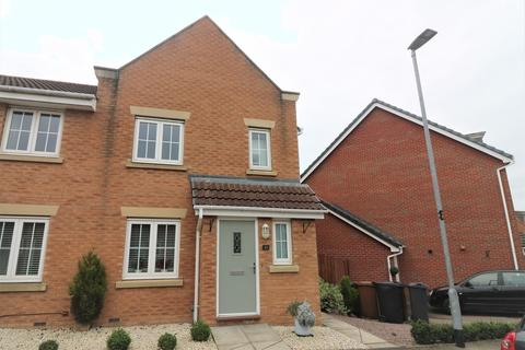 3 bedroom semi-detached house to rent - Fleming Drive, Melton Mowbray