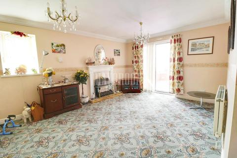 2 bedroom bungalow for sale - Hollinsend Road, Intake, S12