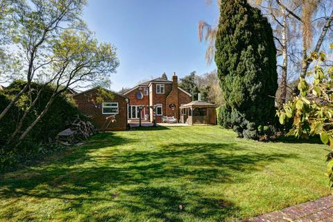 5 bedroom detached house for sale - Bolter End Lane, Bolter End - NO UPPER CHAIN