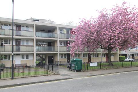 1 bedroom flat to rent - Verwood House, Cobbett Street, London, SW8
