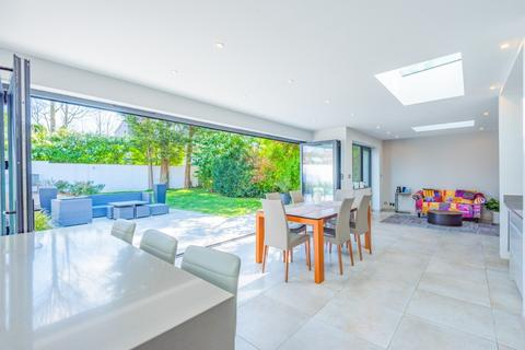 5 bedroom detached house for sale - Dyke Road Avenue, Brighton, East Sussex, BN1
