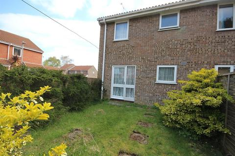 1 bedroom end of terrace house for sale - Bovington Close, Canford Heath, Poole