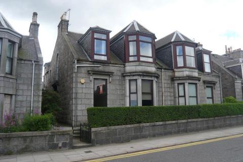 2 bedroom flat to rent - Powis Terrace, Aberdeen, AB25